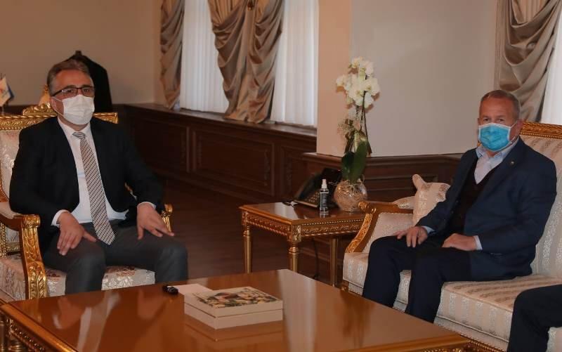 """Nevşehir Ticaret Borsası'ndan Başkan Savran'a """"Hayırlı Olsun"""" Ziyareti"""